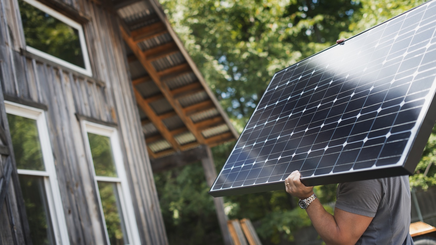 4 reasons why spring is the best time to install solar panels
