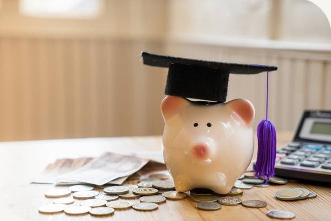 Forget the avo: UniBank study reveals 90% of students are savvy savers