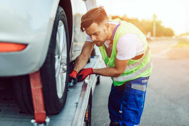 AAMI offers free roadside help to frontline workers for rest of 2020